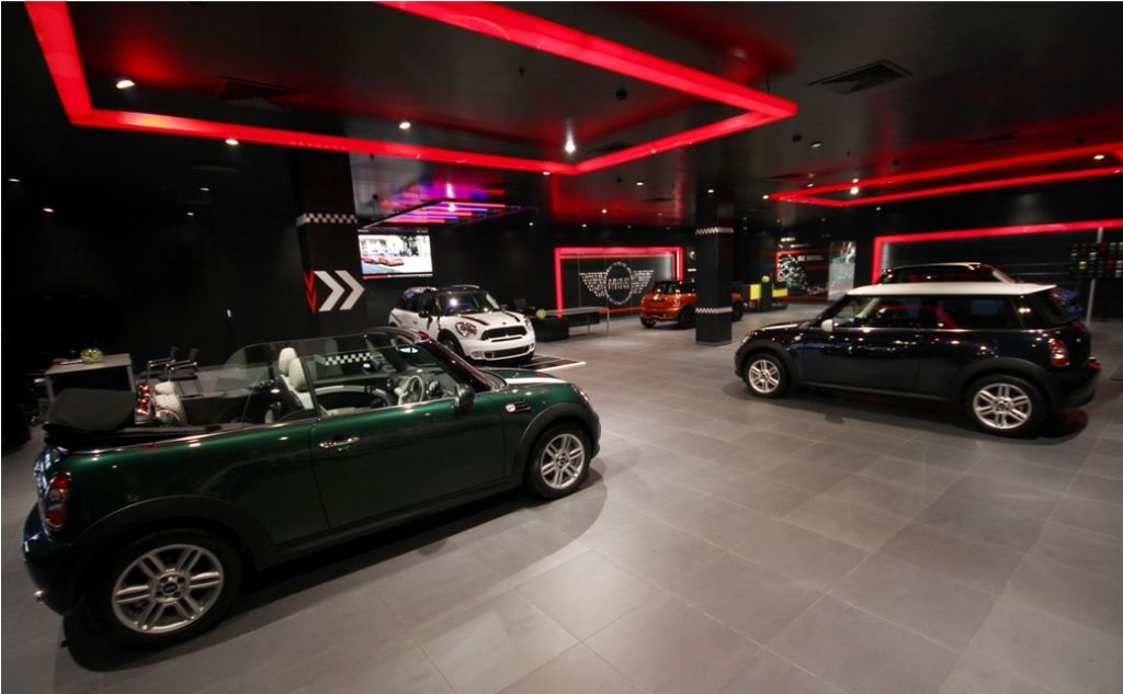 MINI-Deutsche-Motoren-Dealership-In-Delhi