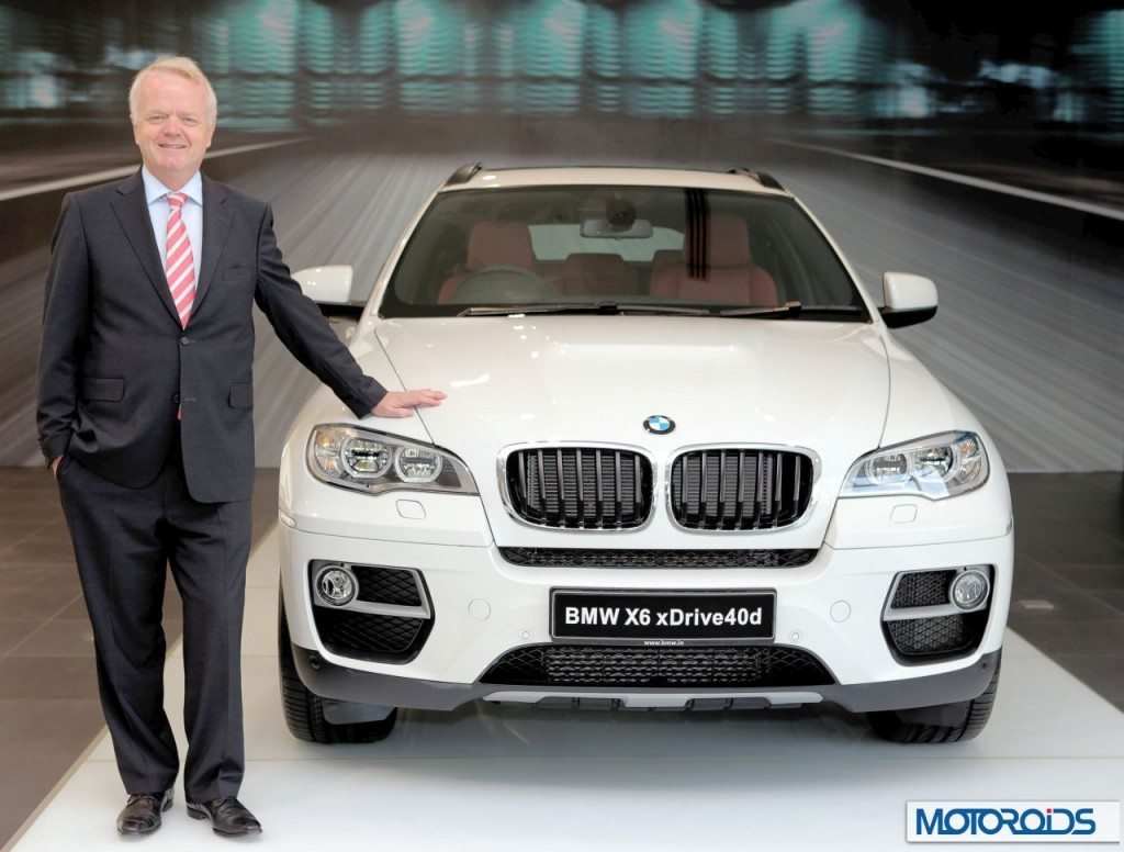 02-Mr-Philipp-von-Sahr-President-BMW-Group-India-with-the-new-BMW-X6-1024x776