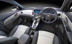 2013-Chevrolet-Cruze-Sedan-Facelift-Interiors-300x185