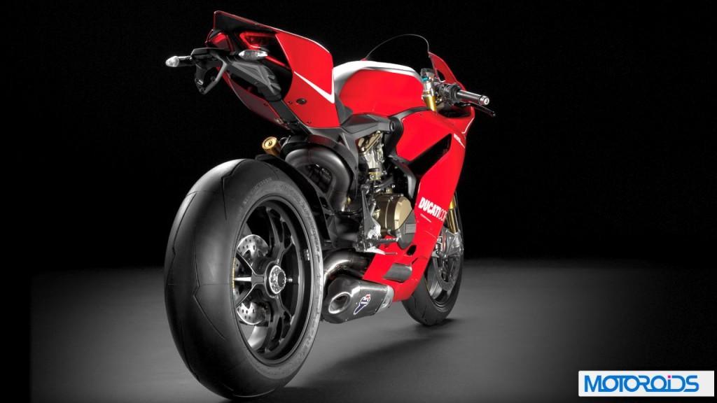 2013-Ducati-1199-panigale-r-2-1024x576