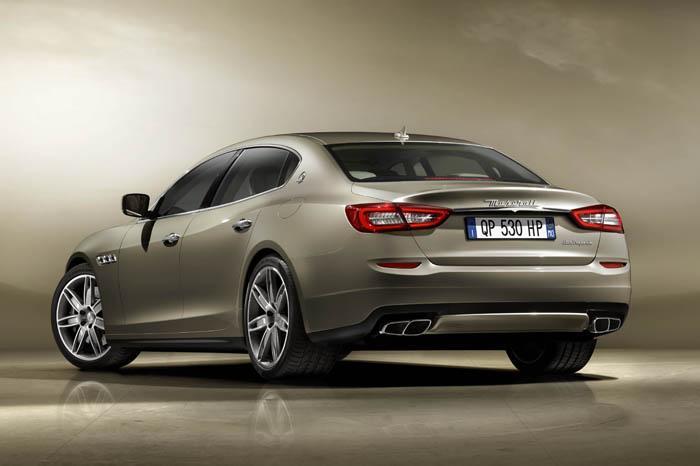 2013-Maserati-Quattroporte-4