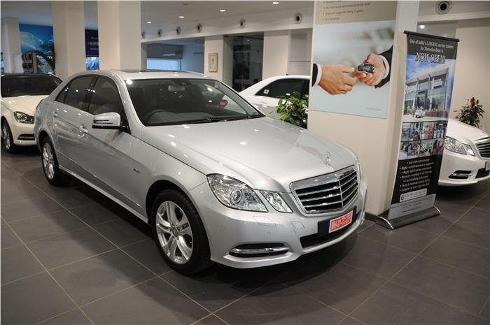 2013-Mercedes-Benz-E220-CDI-Avantgarde-India