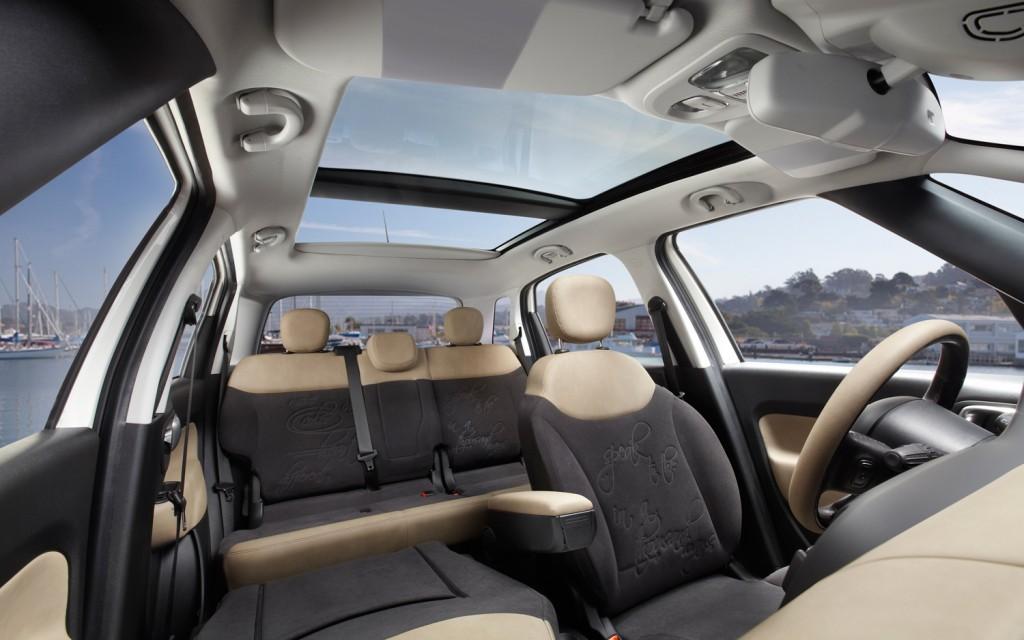 2014-Fiat-500L-Interiors