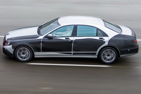 2014-Mercedes-Benz-S-Class-2