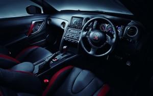2014-Nissan-GTR-300x189