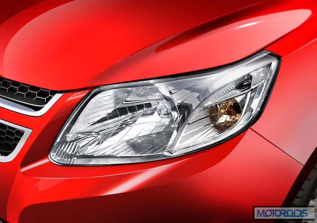 CHEVROLET-SAIL-U-VA-Hawk-Wing-Style-Headlamps-1024x723