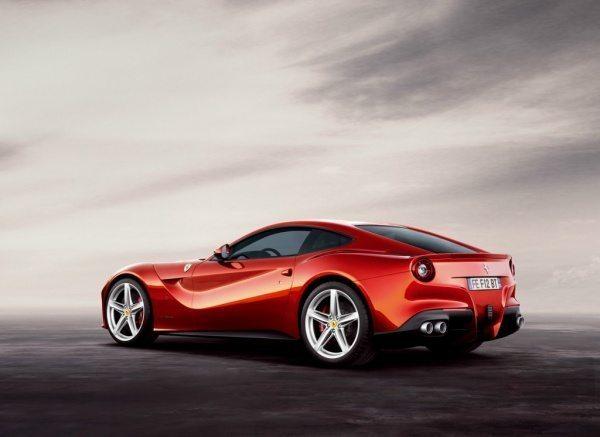 Ferrari-F12-Berlinetta-2