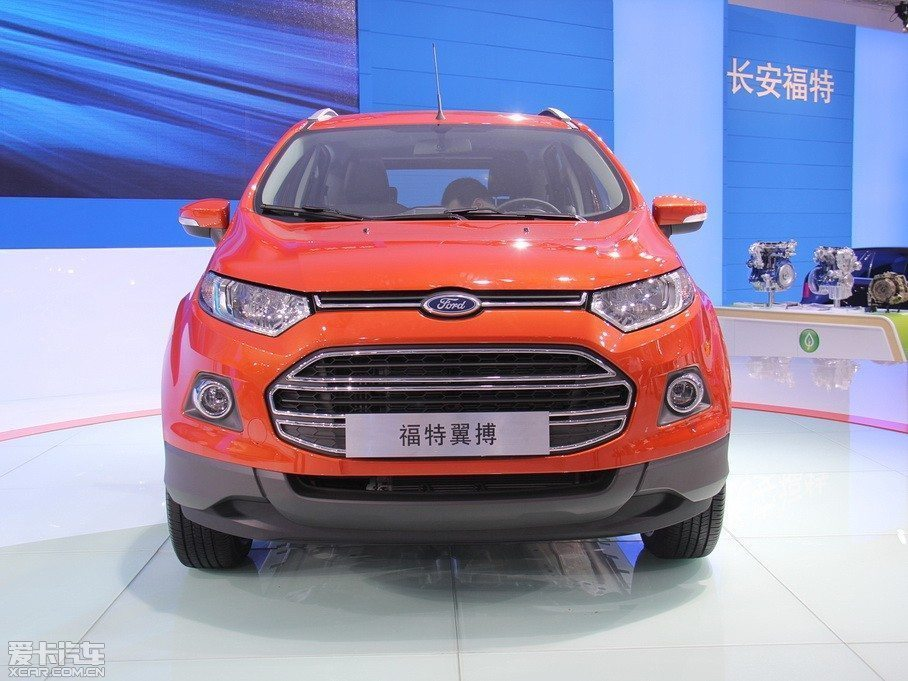 Ford-EcoSport-Long-Wheelbase-4