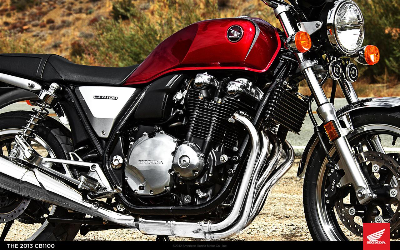 Honda-CB1100-01