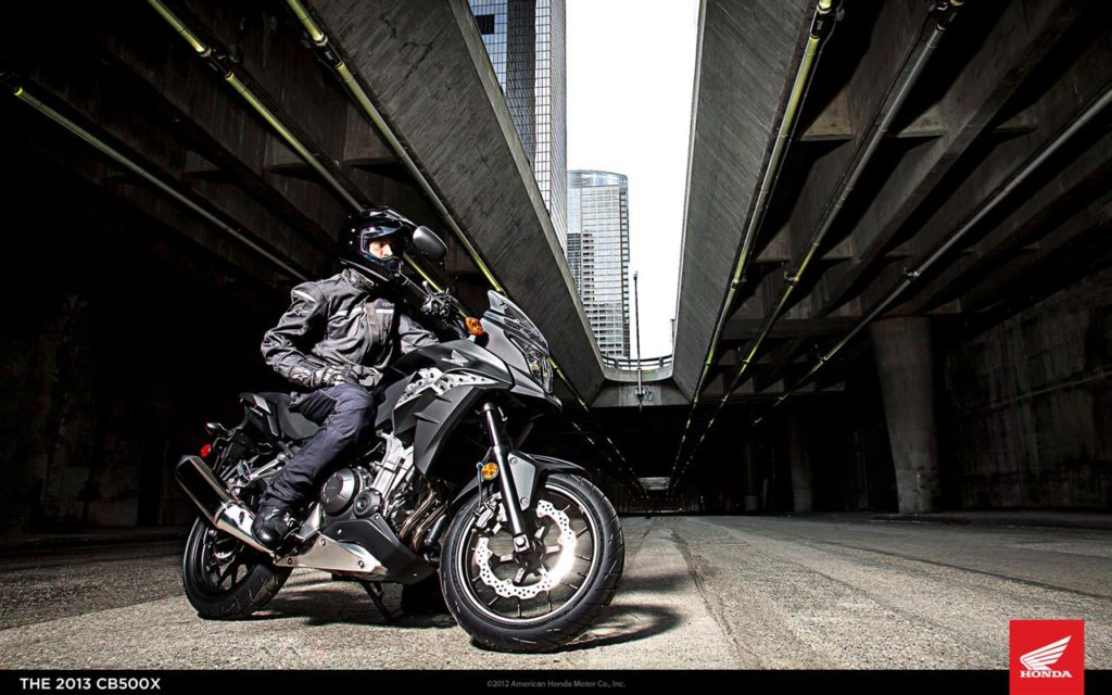 Honda CB500X-01