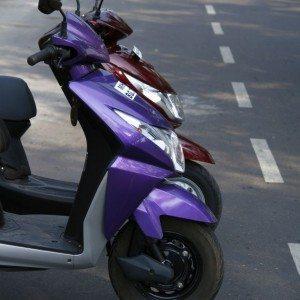 Honda Dio vs Yamaha Ray (10)