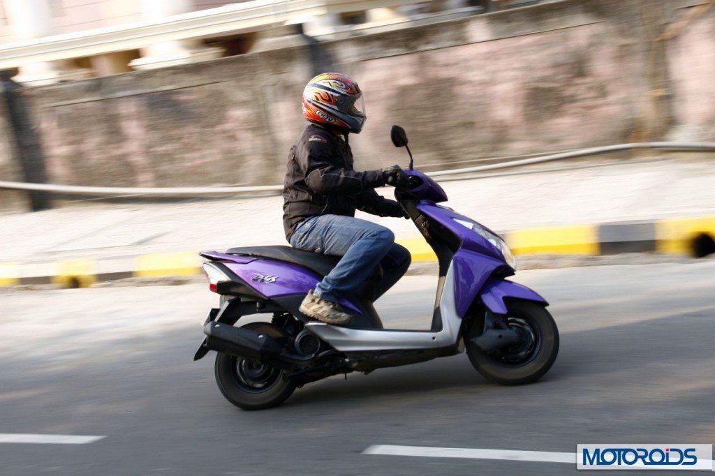 Honda-Dio-vs-Yamaha-Ray-1024x682