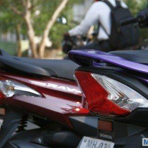 Honda Dio vs Yamaha Ray (13)