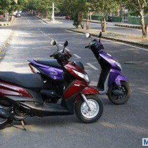 Honda Dio vs Yamaha Ray (21)