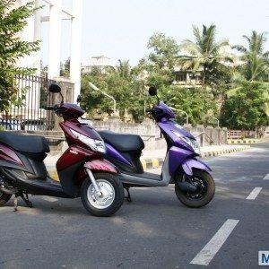Honda Dio vs Yamaha Ray (22)