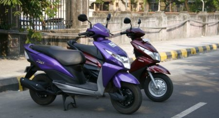 Honda Dio vs Yamaha Ray (8)