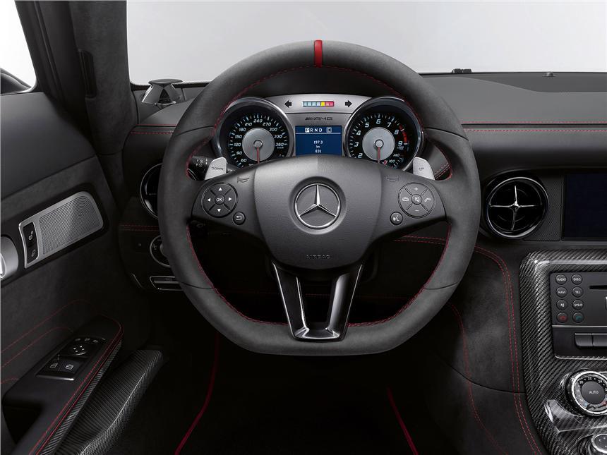 Mercedes-SLS-AMG-Black-9