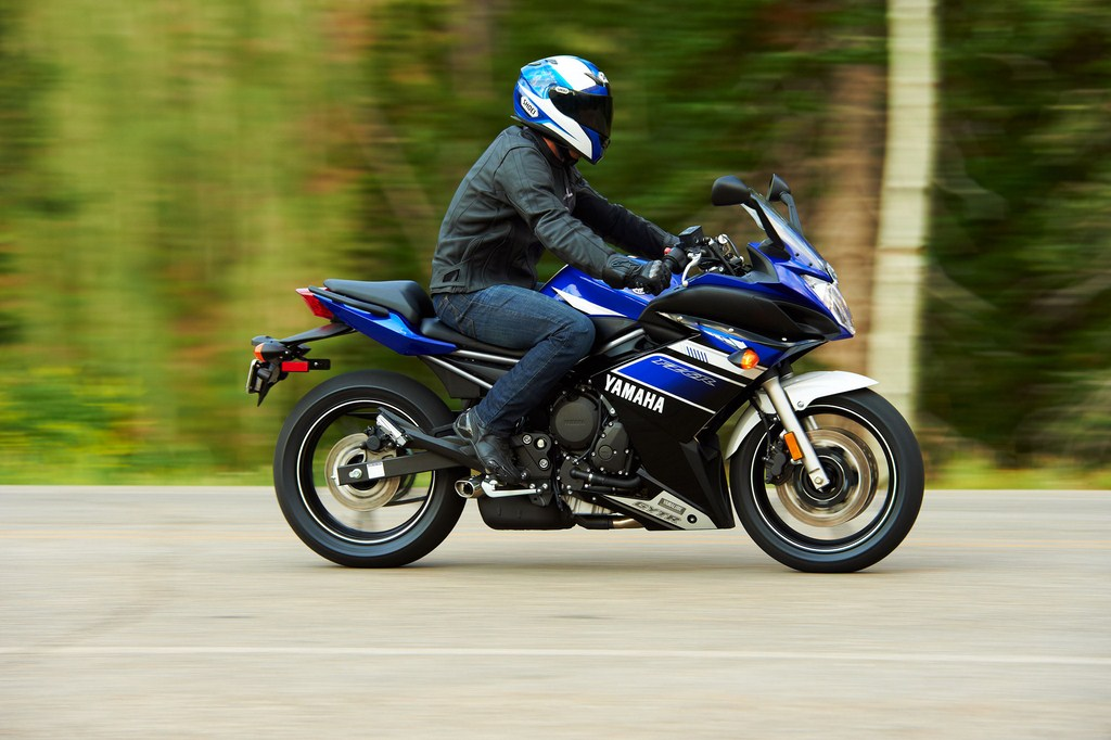 Yamaha-600cc-India-2
