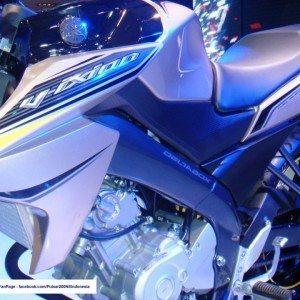 Yamaha Vixion (10)