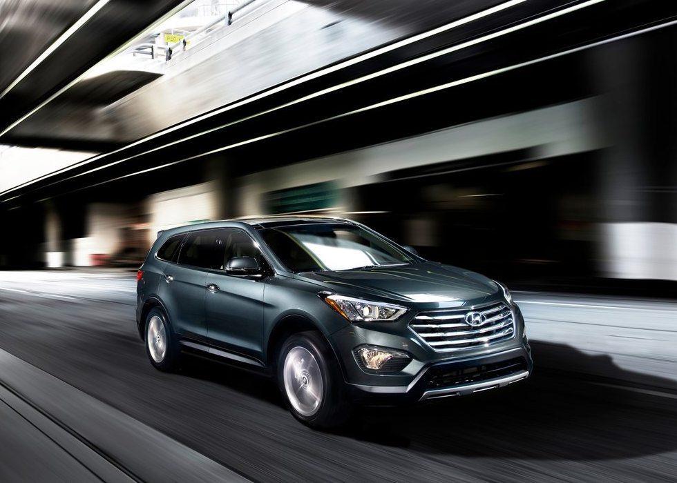 2013_Hyundai-Santa_Fe_India-2