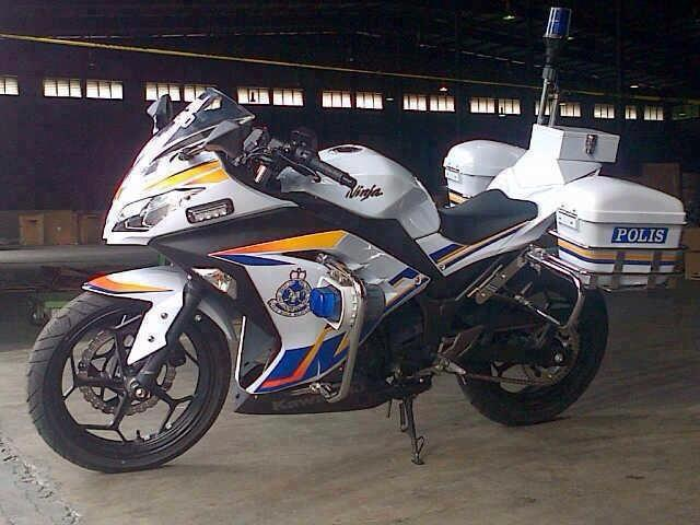 Kawasaki-Ninja-for-Royal-Malaysian-Police