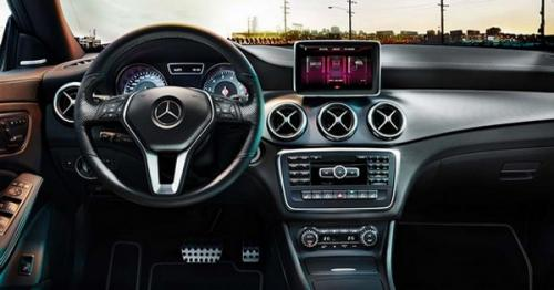 Mercedes-Benz-CLA3