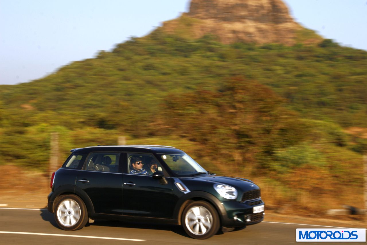 mini cooper s countryman review the big british charmer. Black Bedroom Furniture Sets. Home Design Ideas