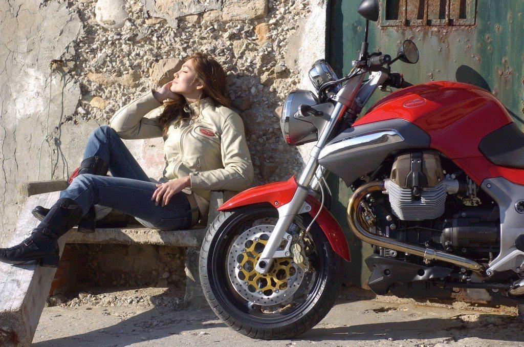 Moto_Guzzi-Breva-V-1100-1024x678