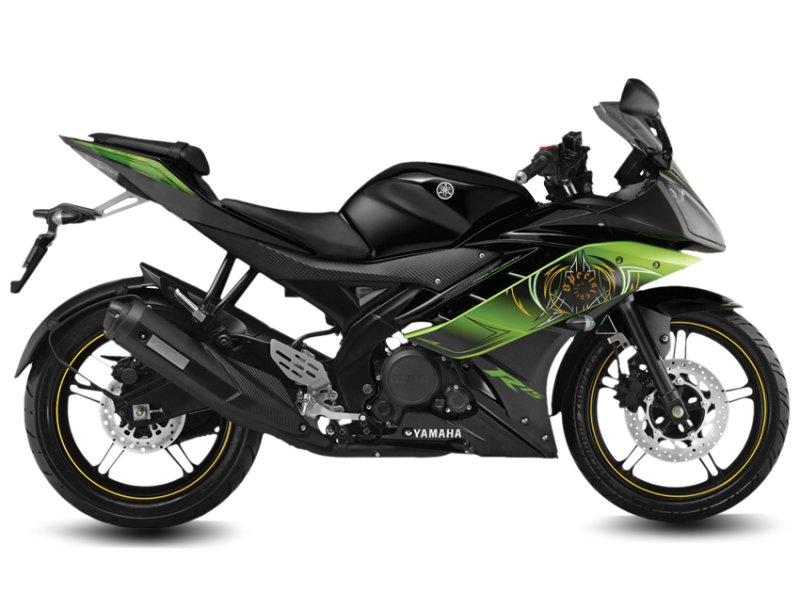 2013-Yamaha-R15-Thundering-Green