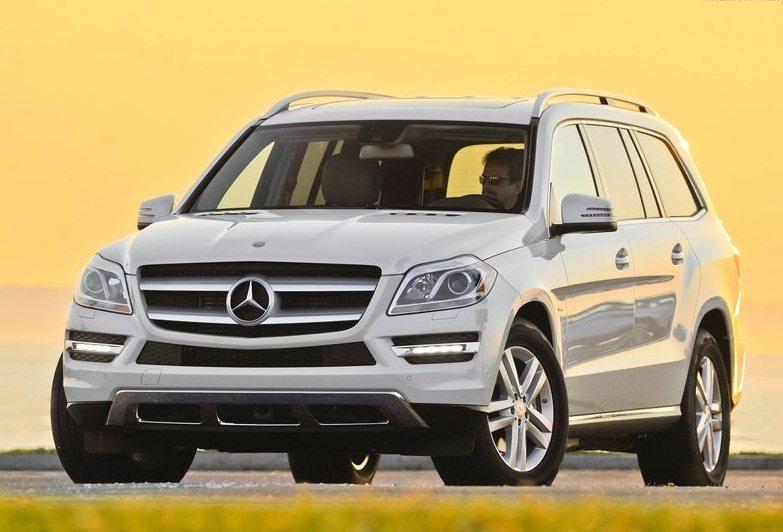2013_Mercedes-Benz-GL-Class-1