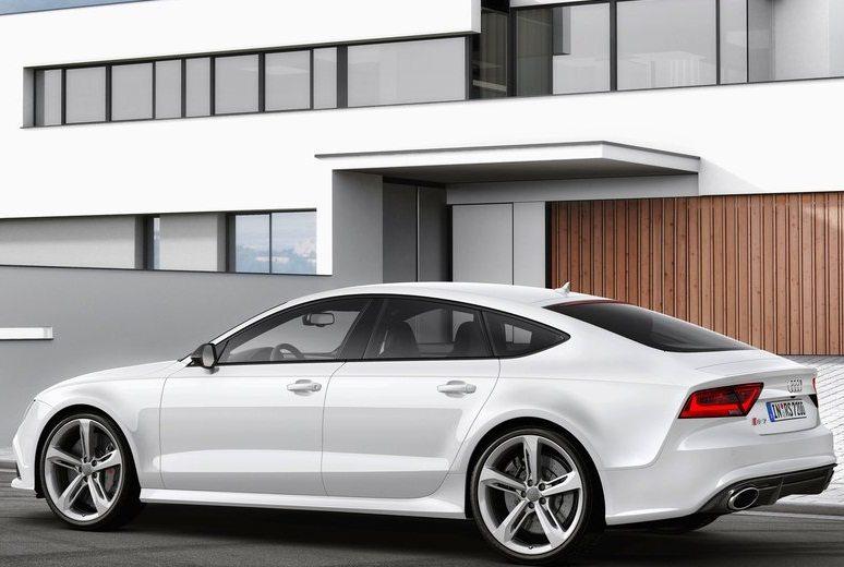 2014-Audi-RS7_Sportback_3