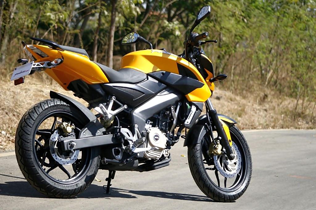 New Bajaj Avenger 200 coming in 2015, will borrow engine from ...