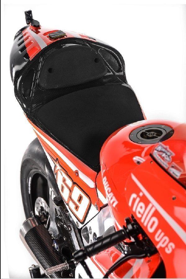 Ducati Desmosedici Gp13 Motogp Bike 18 Motoroids Com