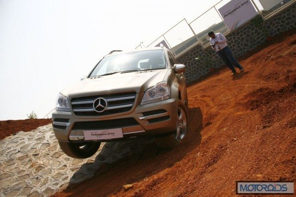 Mercedes SUV track test Chakan Pune India (19)