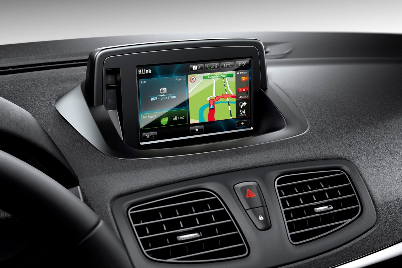2013-Renault-Fluence-facelift-3