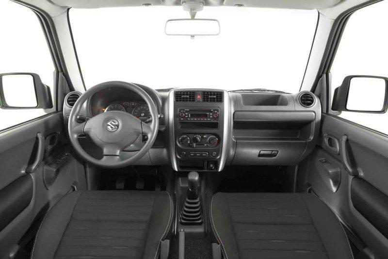 2013 Suzuki Jimny 4
