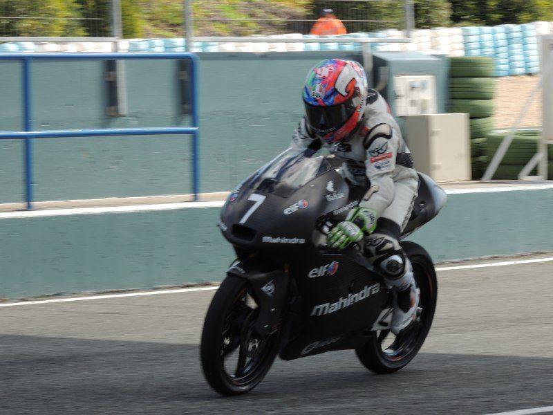 Efrén-Vázquez-at-Jerez-1-test-on-Mahindra-MGP3O