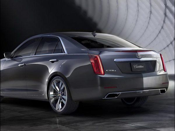2014-Cadillac-CTS-sedan-2