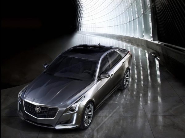 2014-Cadillac-CTS-sedan-5