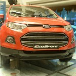 Live Video: Ford attempts dominos Limca Record at EcoSport's SYNC tech unveiling