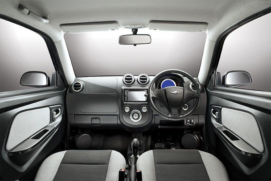 Mahindra Reva E2O India interior and exterior (10)