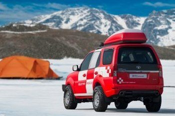 Tata-Safari-Storme-Mountain-Rescue-Concept 2