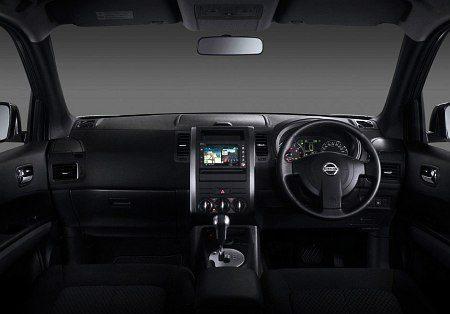 2013-Nissan-X-trail-facelift-pics-4