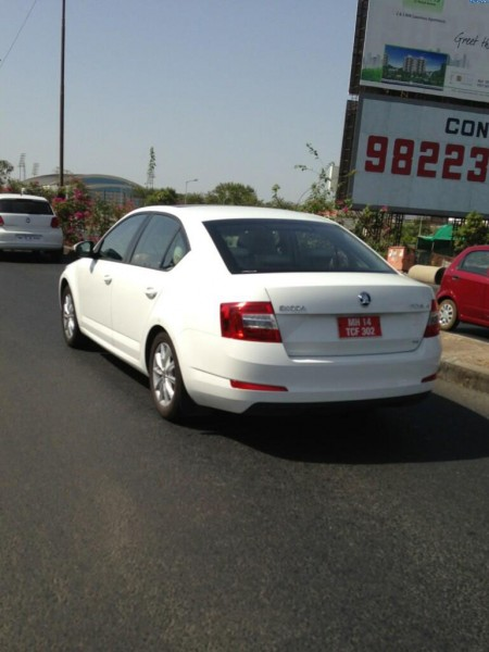 2013 Skoda Octavia India Launch Price Pics copy