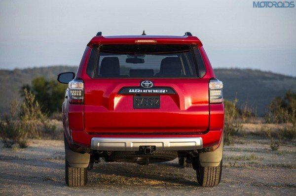 2014-Toyota-4Runner-3