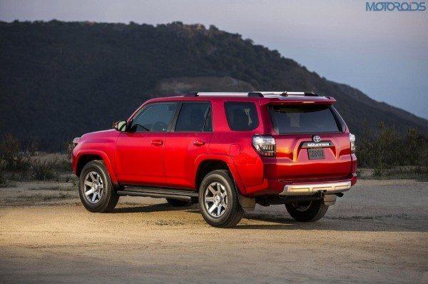 2014-Toyota-4Runner-4