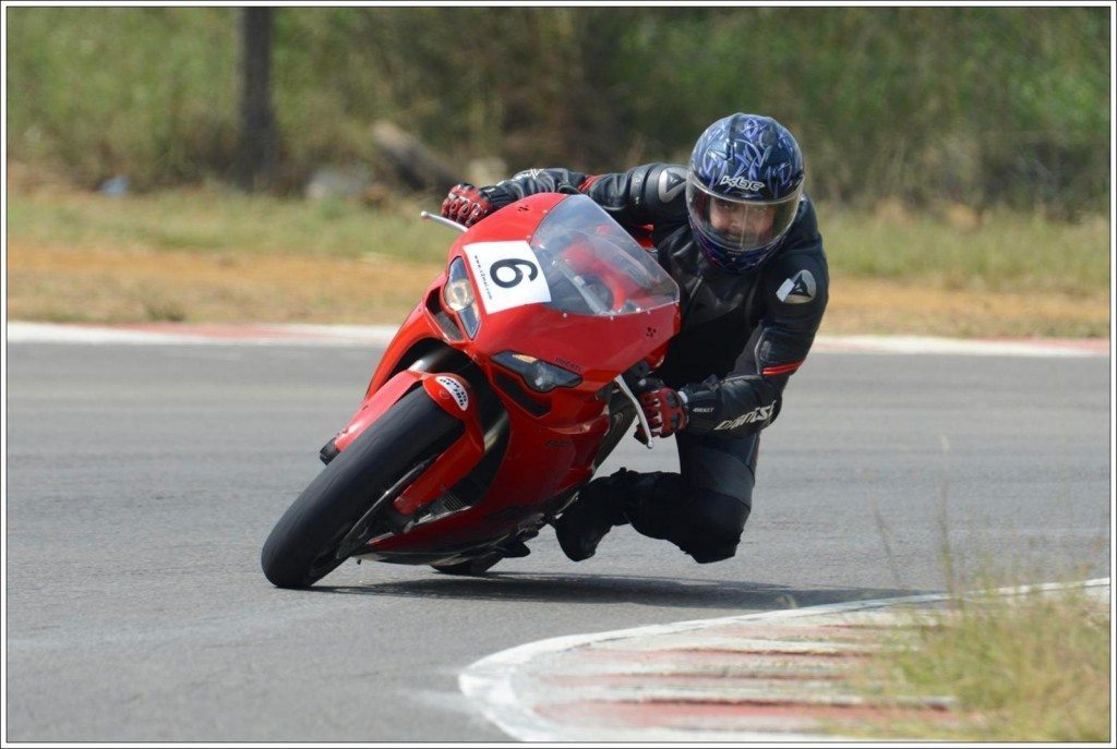 Ducati 848 Evo (3)