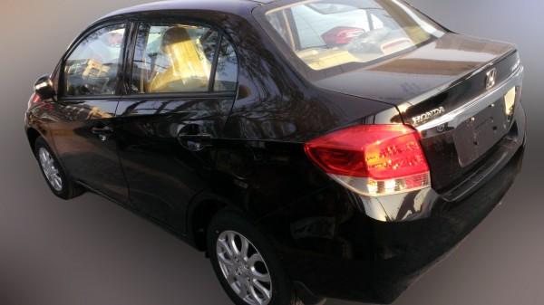 Honda-Amaze-diesel 2