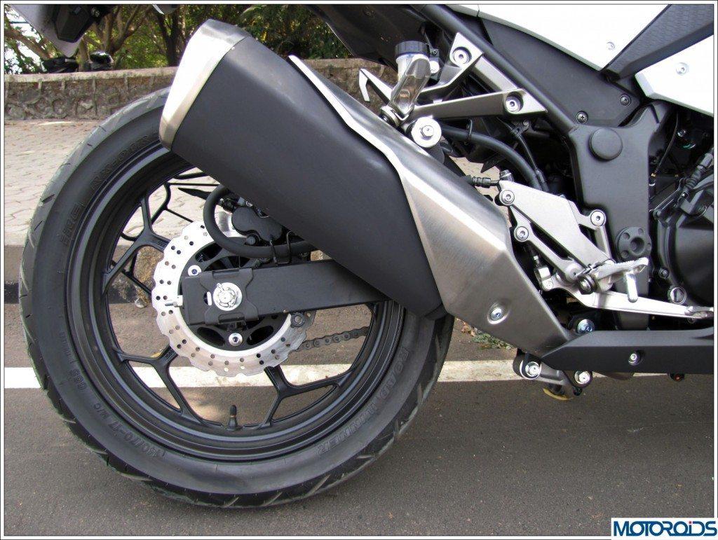 Kawasaki Ninja 300 (15)