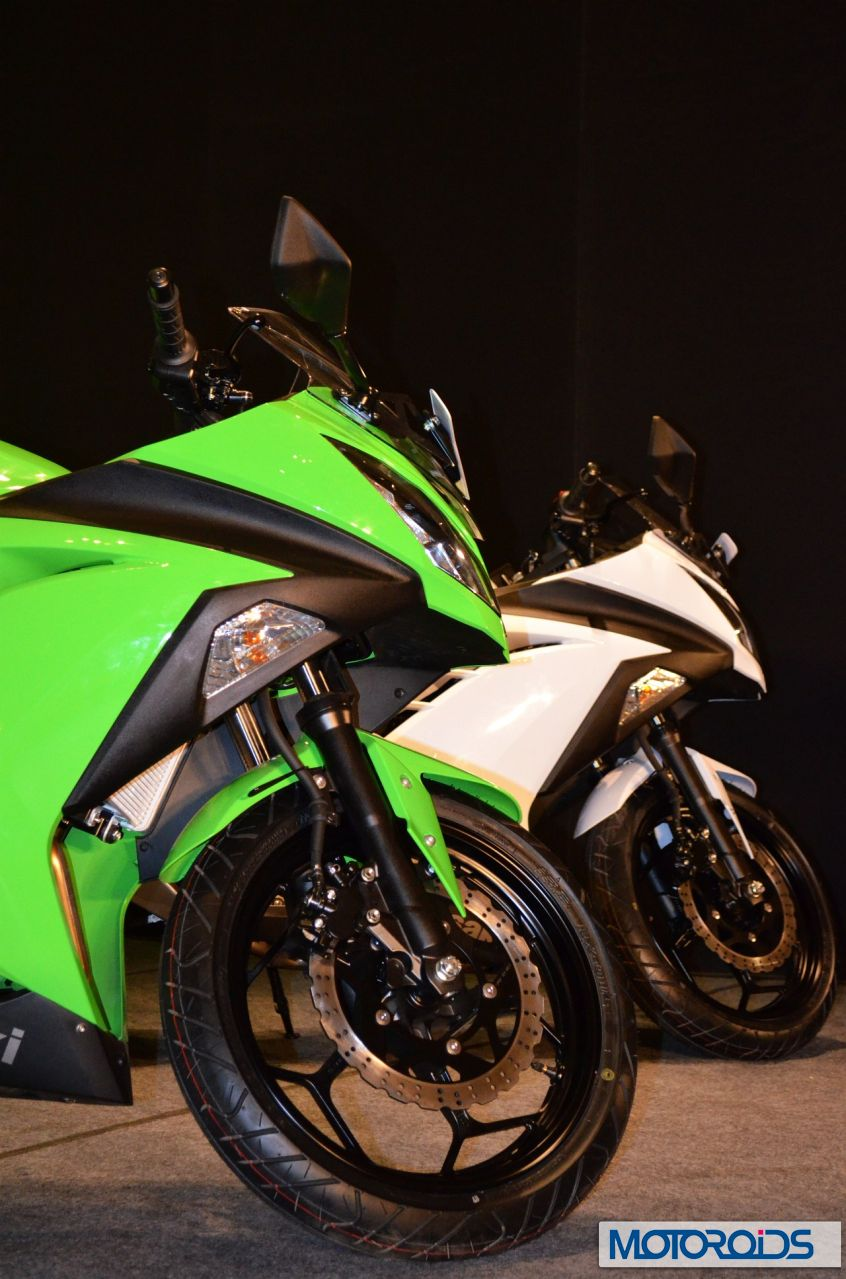 Kawasaki Ninja 300 India Launch Image Gallery And Specs